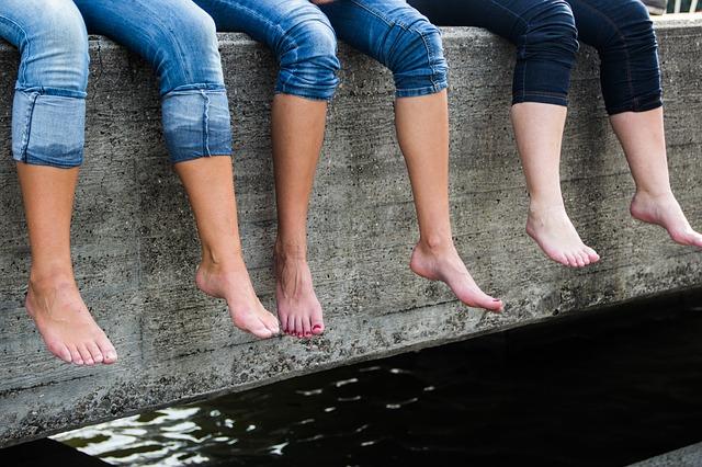 Nogi jak u nastolatki – zobacz co może zdziałać nowoczesna terapia dermatologa