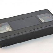 Zachowaj wspomnienia zapisane na VHS