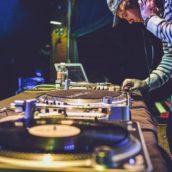 DJ na wesele – dlaczego warto?