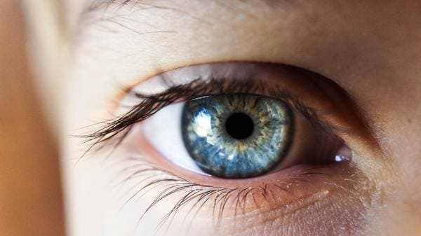 soczewki podkreślające kolor oka