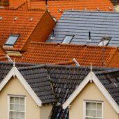 Projekt domu z płaskim czy skośnym dachem
